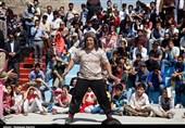جشنوارۀ تئاتر خیابانی مریوان| افتتاحیه جشنواره تئاتر خیابانی به روایت تصویر