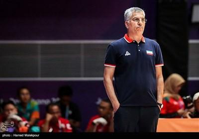 شاهین طبع مربی تیم ملی بسکتبال
