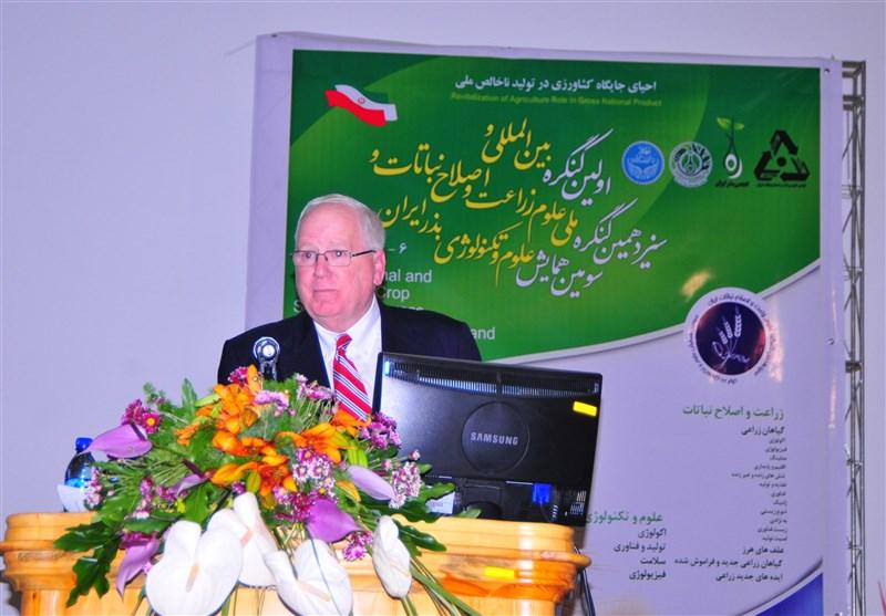 فرستاده امنیتی آمریکا به کشاورزی ایران: قبلا هم ریشه «خمرهای سرخ» را با «ابزارهای کشاورزی» خشکاندم