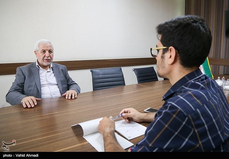 گفتگو|عضو حزب کارگزاران: نوبخت دستورات روحانی را اجرا نمیکند/ لاریجانی استعداد جذب رای ندارد