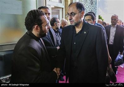 وحید حقانیان در مراسم ترحیم مرحوم قمشه معاون سابق امور مجلس کمیته امداد امام خمینی(ره)