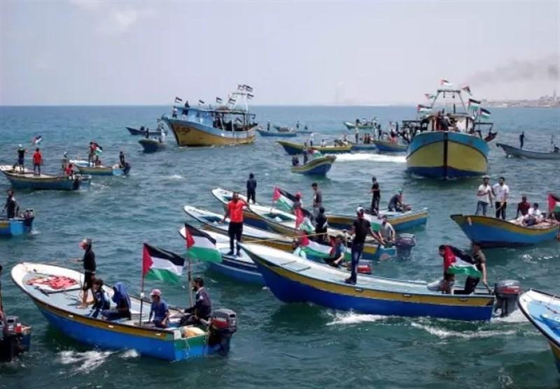 25 إصابة اثر قمع الاحتلال للمسیر البحری شمال غزة