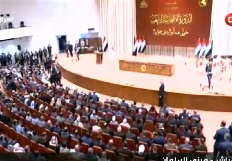 استئناف الجلسة الاولى للبرلمان العراقی بحضور 85 نائباً