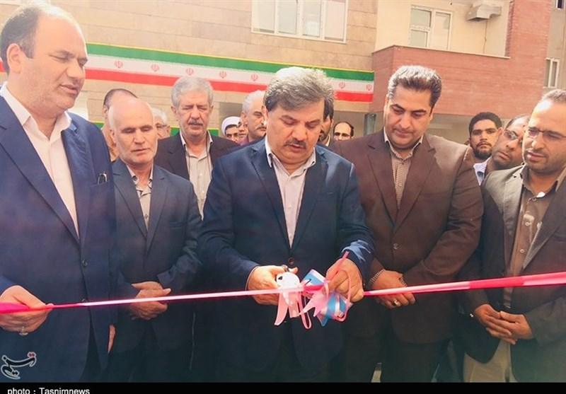 آئین افتتاح همزمان 1652 واحد مسکن مهر استان کرمان به روایت تصویر