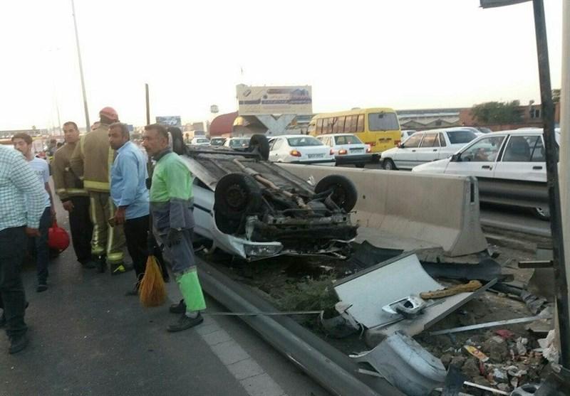 یک کشته و 2 زخمی حاصل تصادف 7 دستگاه خودرو در جاده تهران ـ کرج + تصاویر