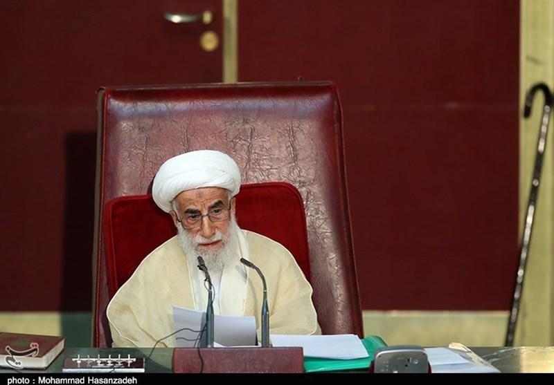 آیتالله جنتی: رئیسجمهور برنامههایش را برای حل مشکلات کشور اعلام کند