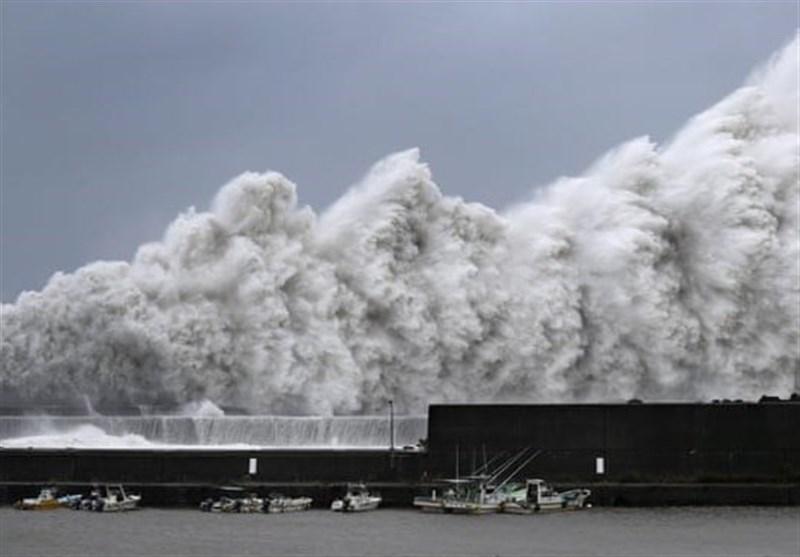 مقتل 9 یابانین فی عاصفة هی الأقوى منذ 25 عاماً