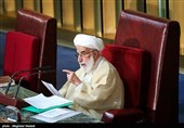 آیة الله جنتی: الانتخابات فی ایران لیست استعراضیة
