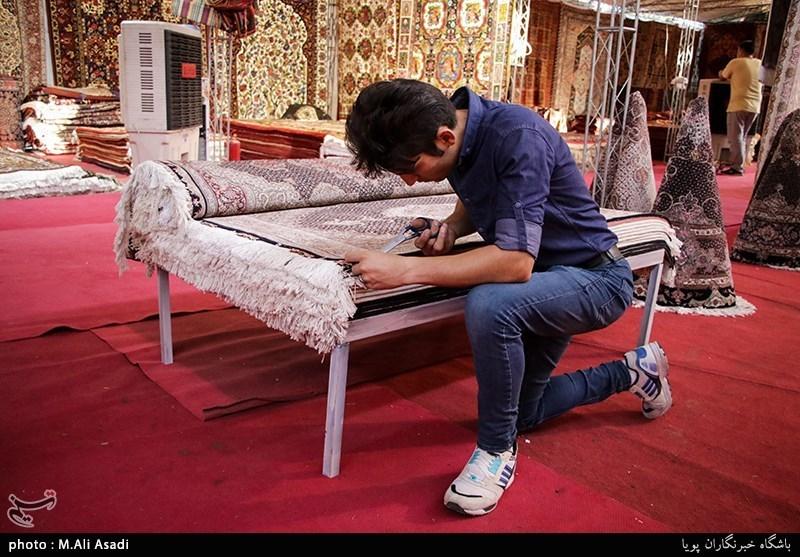 """""""فرش دستباف قم"""" با نام کشور بلژیک در بازارهای استان عرضه میشود"""