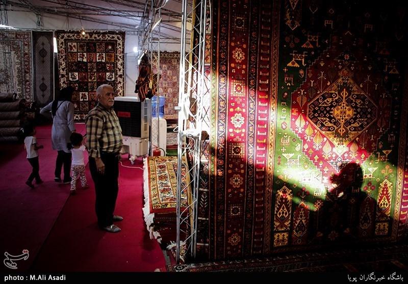 همدان |3هزار و 968بافنده فرش در شهرستان رزن فعالیت میکنند
