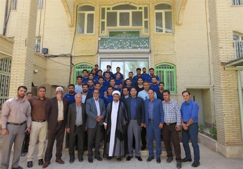 کرمان  دیدار بازیکنان تیم صنعت مس کرمان با نماینده ولیفقیه در استان به روایت تصویر