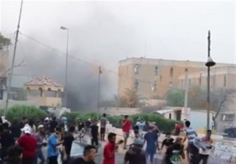 نماینده پارلمان عراق: کنسول آمریکا باید از بصره اخراج شود/ العبادی در اداره بحران شکست خورده است