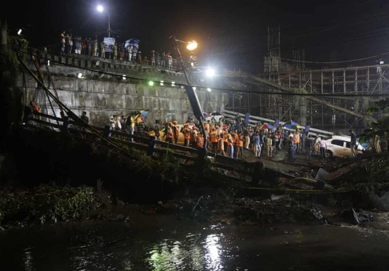 فروریختن پل در هندوستان قربانی گرفت