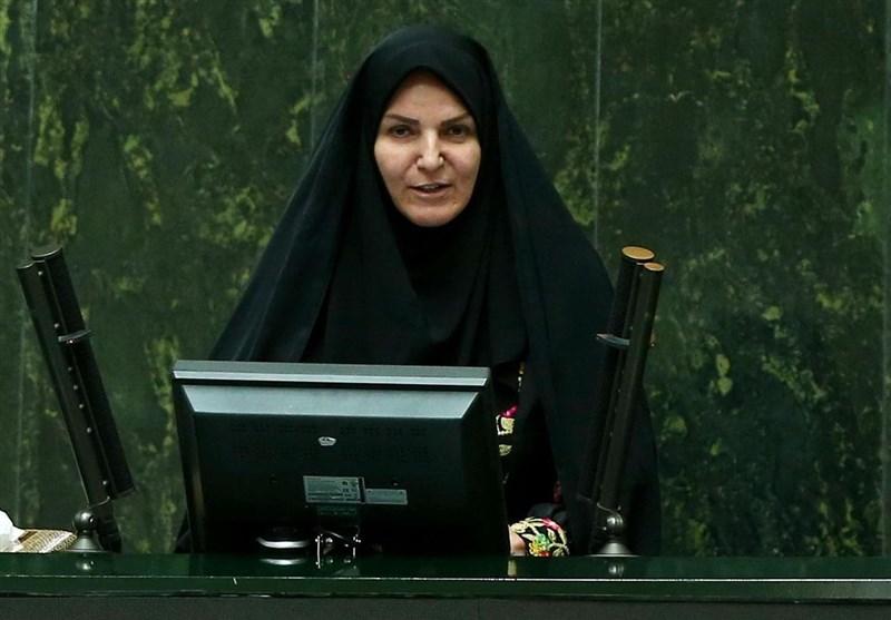 تبریز| کارت هوشمند تأمین کالا با هدف کاهش حجم نقدینگی توزیع میشود
