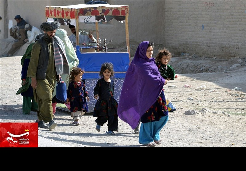 وزیراعظم کے اعلان کے بعد افغان مہاجرین میں خوشی کی لہر، وطن واپسی کا ارادہ تبدیل