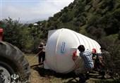 آب رسانی جهادی به روستای محروم در گیلان