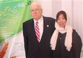 فیلم پیام «افسر امنیتی» آمریکایی از «ماهعسل» در ایران: اینقدر بهم کباب خوراندید که با اضافه وزن برگشتم!