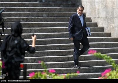 سید حسن قاضیزاده هاشمی وزیر بهداشت در حاشیه جلسه هیئت دولت