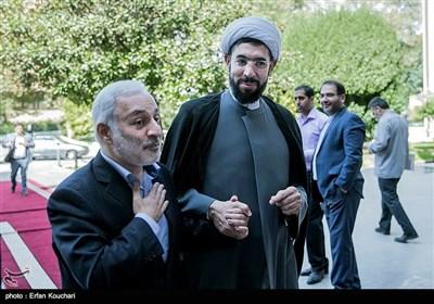 حجت الاسلام رستمی رئیس نهاد نمایندگی مقام معظم رهبری در دانشگاهها در هجدهمین اجلاس سراسری بسیج اساتید