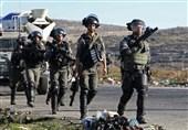 القوات الاسرائیلیة تعتقل 12 فلسطینیاً فی الضفة