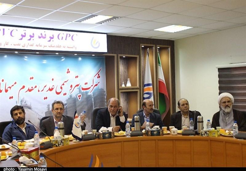 خوزستان  سفر سرپرست وزارت کار به بندرماهشهر به روایت تصویر