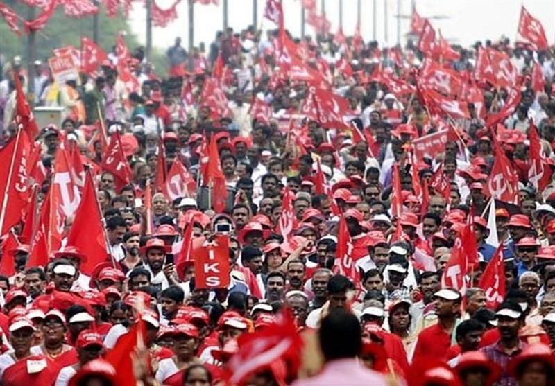 بھارت: مودی سرکار کی پالیسز کے خلاف کسانوں، مزدوروں کا احتجاج