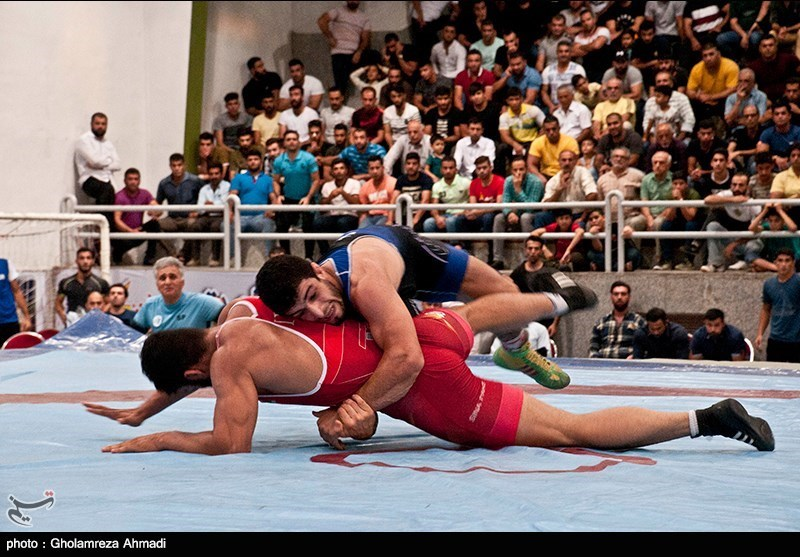 مسابقات کشتی آزاد مازندران برگزار شد