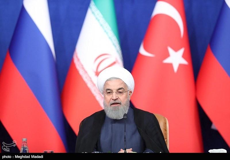 اجلاس تهران| روحانی در کنفرانس خبری: باید تروریستها سلاح را زمین بگذارند/ لزوم تسریع در تدوین قانون اساسی سوریه