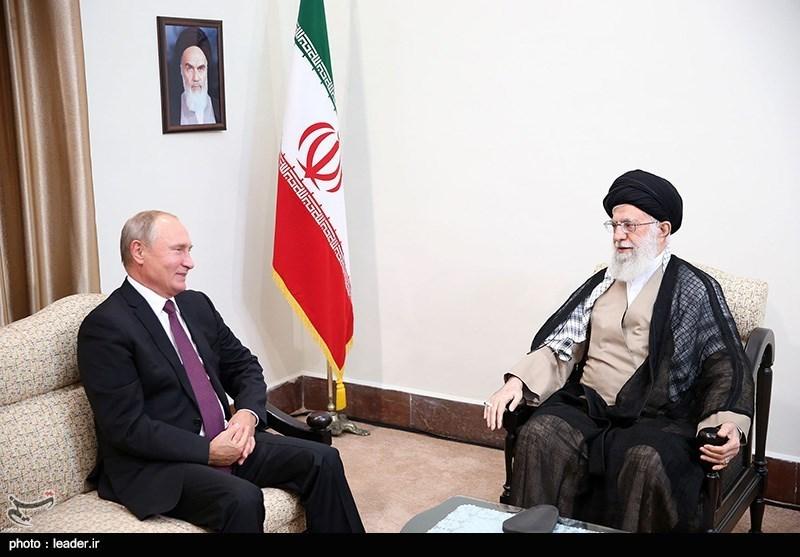 امام خامنهای در دیدار پوتین: ایران و روسیه میتوانند در مهار آمریکا همکاری داشته باشند/ سوریه یک تجربه بسیار خوب از همکاری دوجانبه است