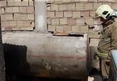 انفجار تانکر فلزی 2000 لیتری آب باعث مصدومیت مرد جوان + تصاویر
