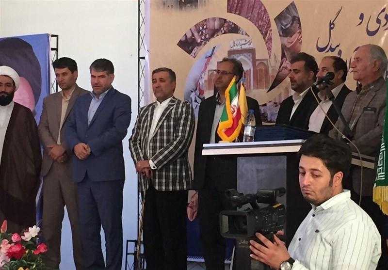 پارچه زری بافت صنایع دستی کاشان رونمایی شد