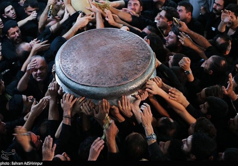 اردبیل  روایتی تصویری از هنگامه عزاداری محرم با آئین طشتگذاری