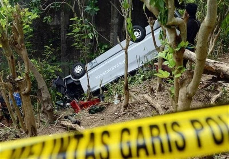 انڈونیشیا میں سیاحوں کی بس کو حادثہ، 21 افراد ہلاک