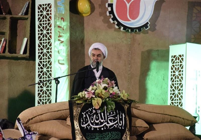 کرمان| عوامل داخلی به تحریمهای دشمنان دامن میزنند