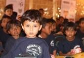 همدردی دانشآموزان میانماری با کوچکترین شهید حادثه تروریستی اهواز +عکس