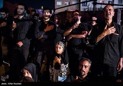 اولین شب عزاداری محرم در هیات ریحانه الحسین(ع)