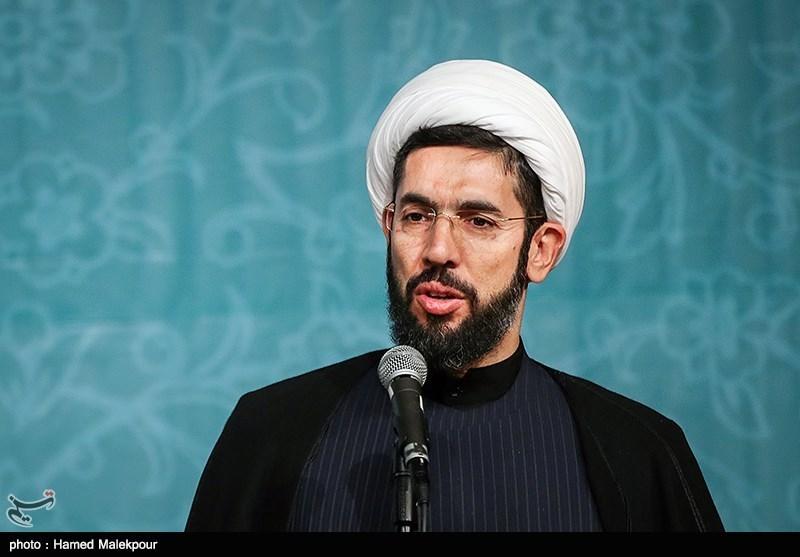 حجتالاسلام رستمی: باید دانشگاه را به نقطه مطلوب و تمدنساز برسانیم