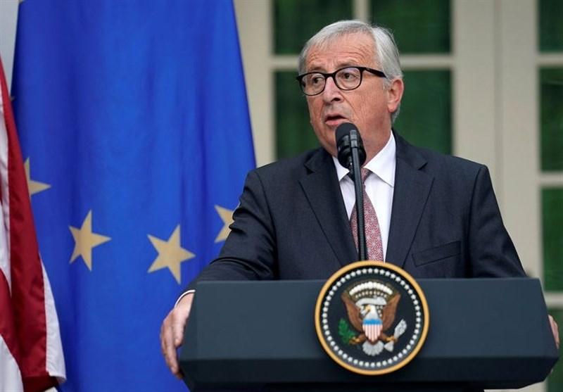 انتقاد یونکر از تبادلات تجاری اروپا با دلار آمریکا