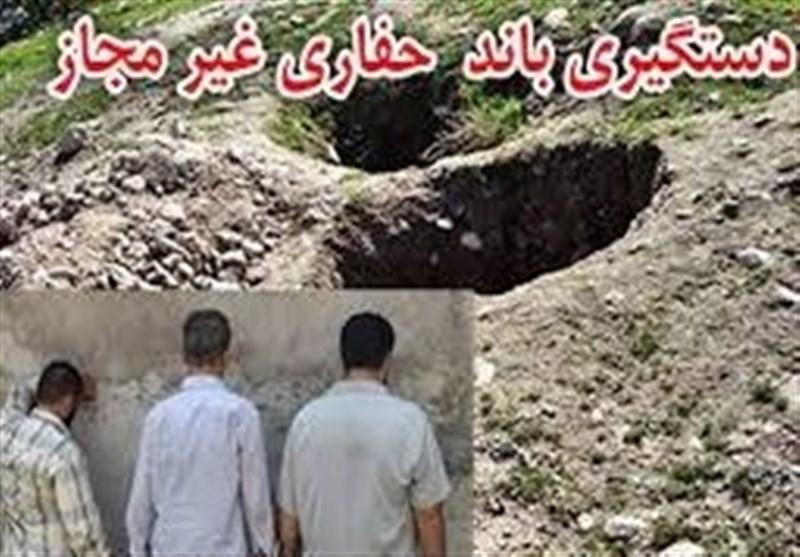 سمنان| حفاران غیرمجاز در آرادان دستگیر شدند