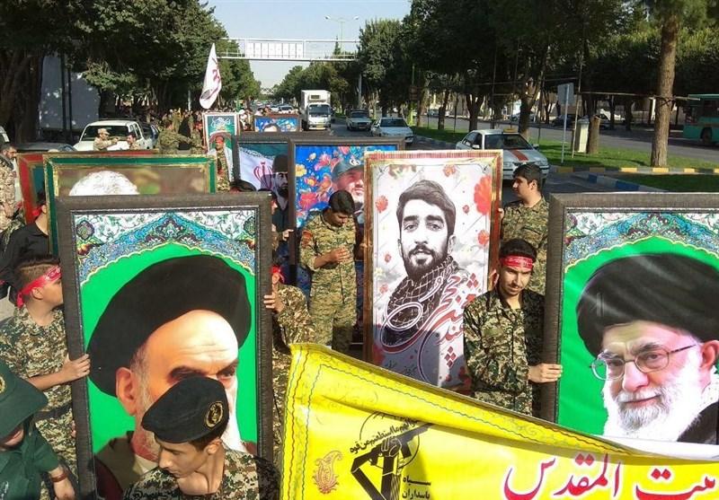 اصفهان| نمایش اقتدار عاشورایی بسیجیان در شاهین شهر+ تصاویر