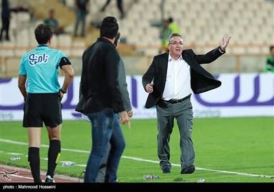اعتراض برانکو ایوانکویچ سرمربی تیم فوتبال پرسپولیس به گرفتن پنالتی علیه تیمش در دیدار مقابل نساجی قائمشهر