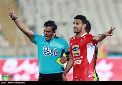 حسین ماهینی بازیکن تیم فوتبال پرسپولیس