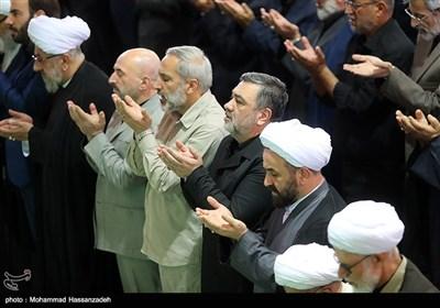 در نماز جمعه تهران