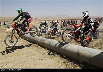 مسابقات موتور اندرو قهرمانی کشور در همدان