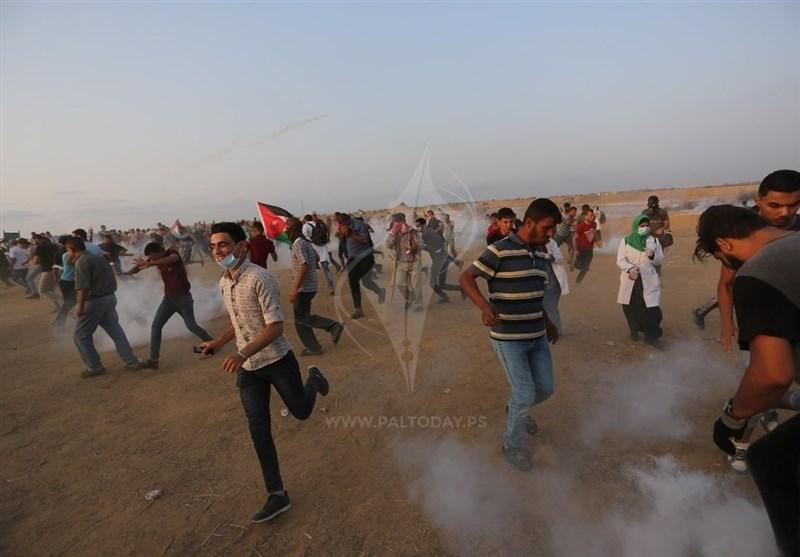 فلسطین| حمله گسترده نظامیان صهیونیست به راهپیمایی بازگشت؛ 2 فلسطینی شهید شدند