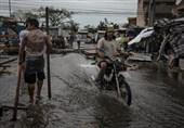 """فرار 100 هزار نفر در فیلیپین از ترس توفان """"منگهوت""""+تصاویر"""