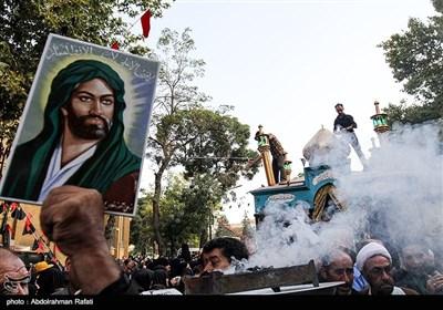 مراسم استقبال از پرچم حرم امام حسین و حضرت ابوالفضل (ع) در همدان