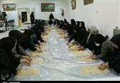 پخت 1300 کیلوگرم حلوا در حسینیه اعظم زنجان به روایت تصویر