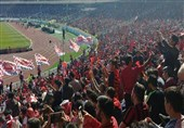 حاشیه دیدار پرسپولیس - الدحیل| درگیری خونین روی سکوهای ورزشگاه آزادی + عکس