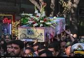 تشییع 9 شهید گمنام دفاع مقدس بر دوش مردم عزادار تبریز